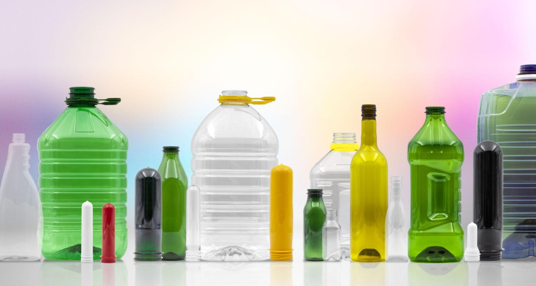 Produzione preforme e bottiglie in plastica e PET - home img02